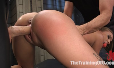 Squirting Slut April Brooks Trained to Control Her Pussy