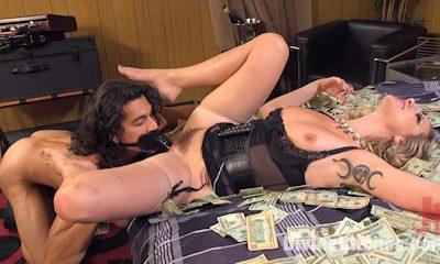 Daisy ducati anally dominates roommate lauren philips - 3 part 1